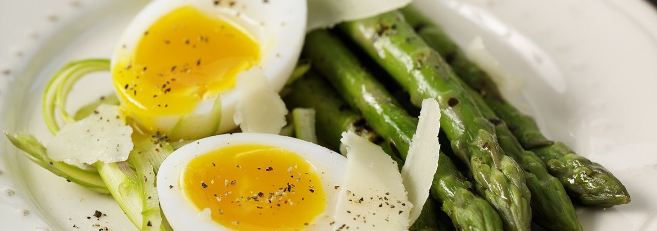 how much protein in egg white boiled